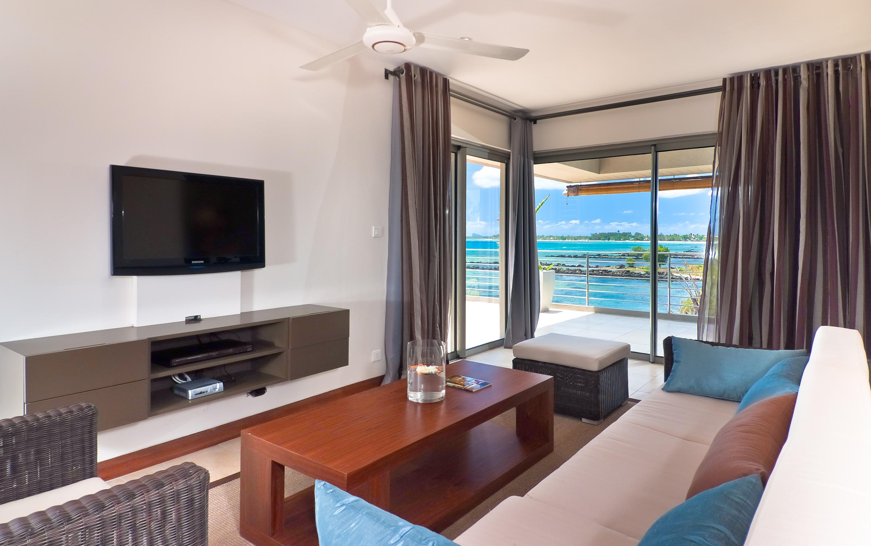 Bon Azur Elegant Suites and Penthouses Lounge