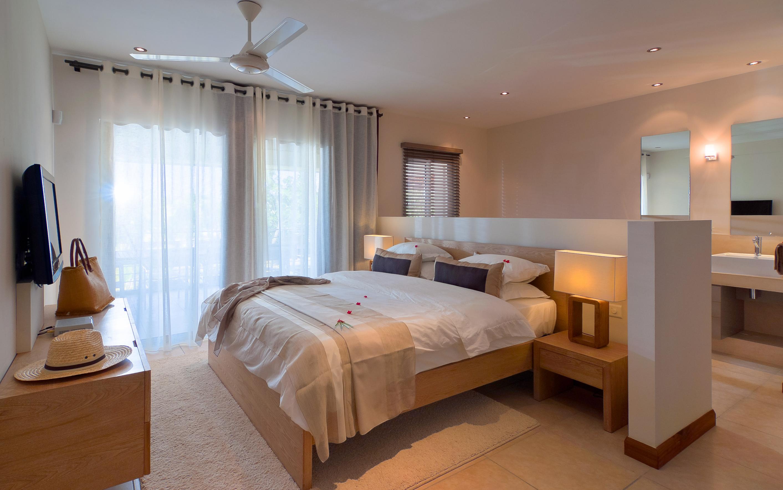 Bon Azur Elegant Suites and Penthouses Ensuite Bedrooms