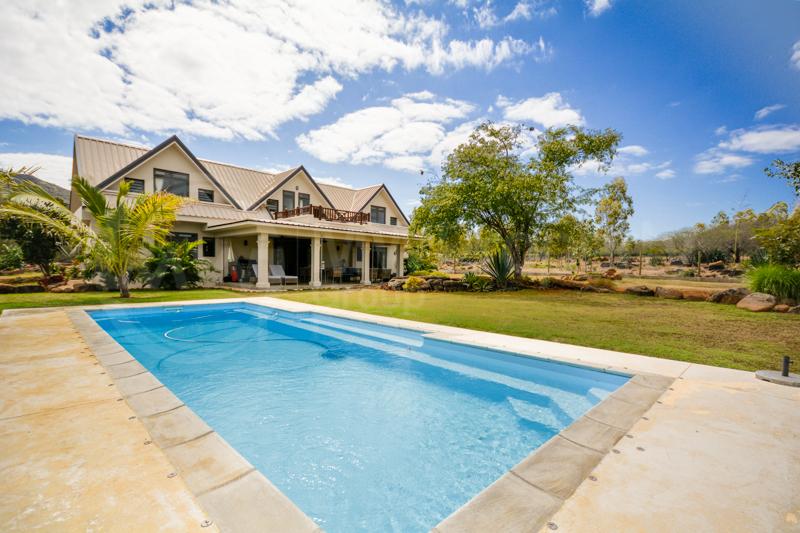Modern & Spacious Villa