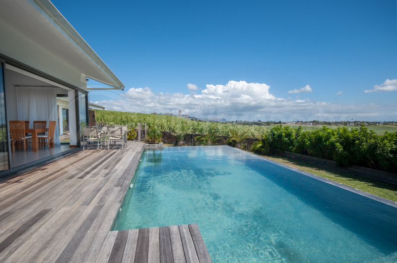 Modern & Sophisticated with Stunning Views