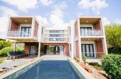 Spacious villa with 4 Bedrooms