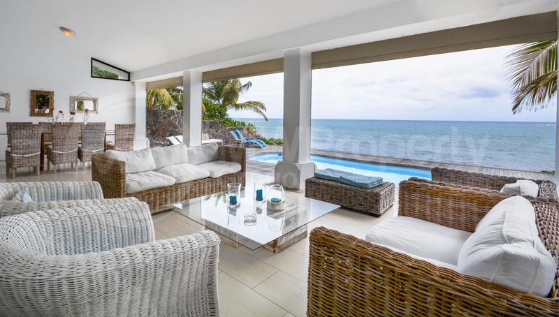 Spectacular 5 Bedroom Beach Villa