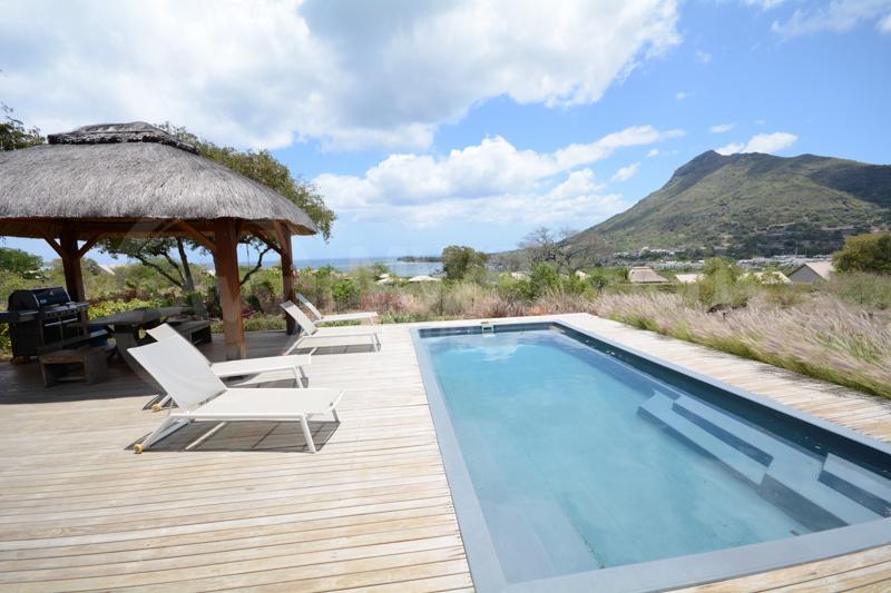 Modern Home with Stunning Sea Views